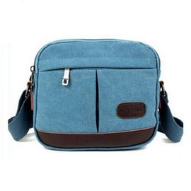 China Washable Custom Messenger Bags / Canvas PU Travel Across Shoulder Bag With 2 Side Zipper Pockets supplier